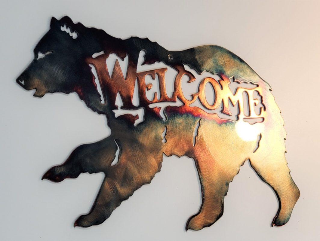 02 running bear welcome Metal Wall Art Metal Dècor Studios
