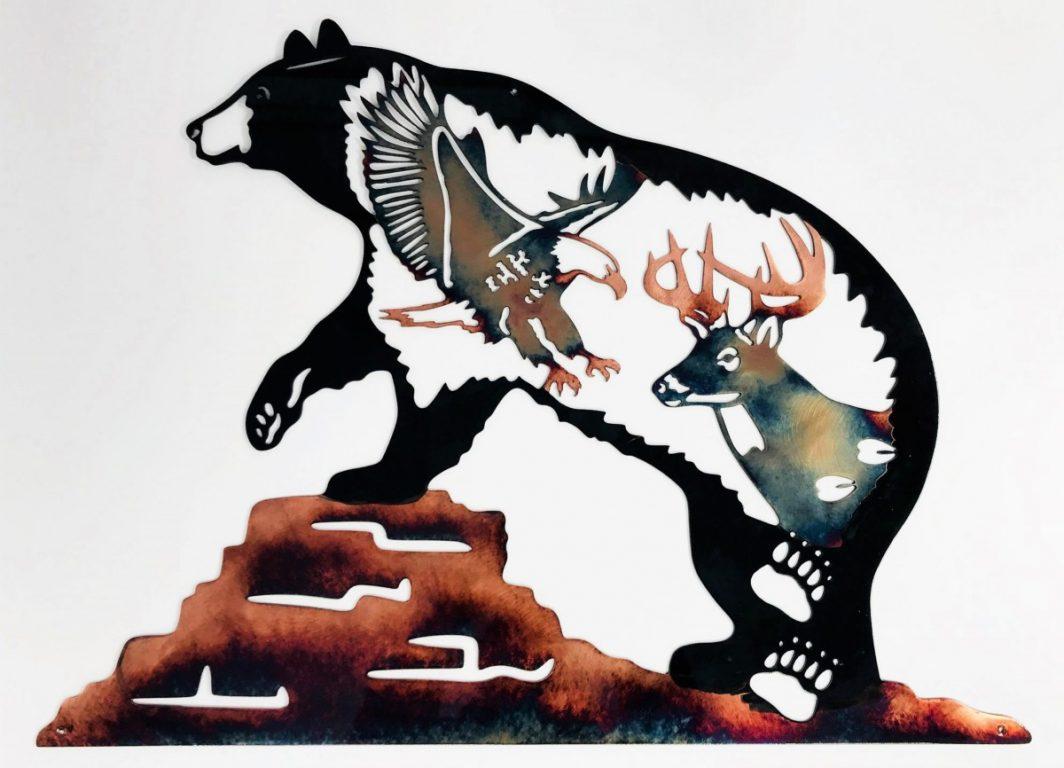 04 Bear Paw Rock SceneNorthwoods Wildlife Metal Wall Art Metal Dècor Studios